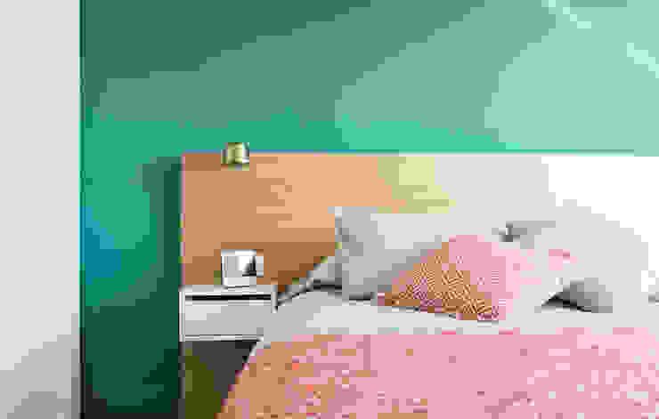 Vivienda Longo: Dormitorios de estilo  de PEZA, Minimalista