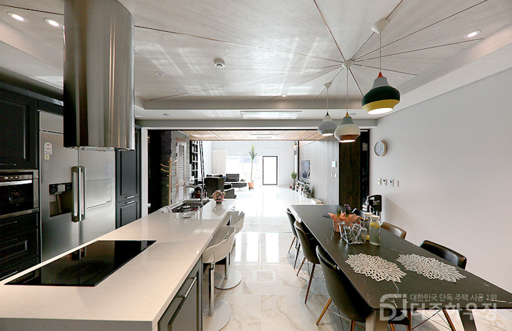 Modern Kitchen by 더존하우징 Modern