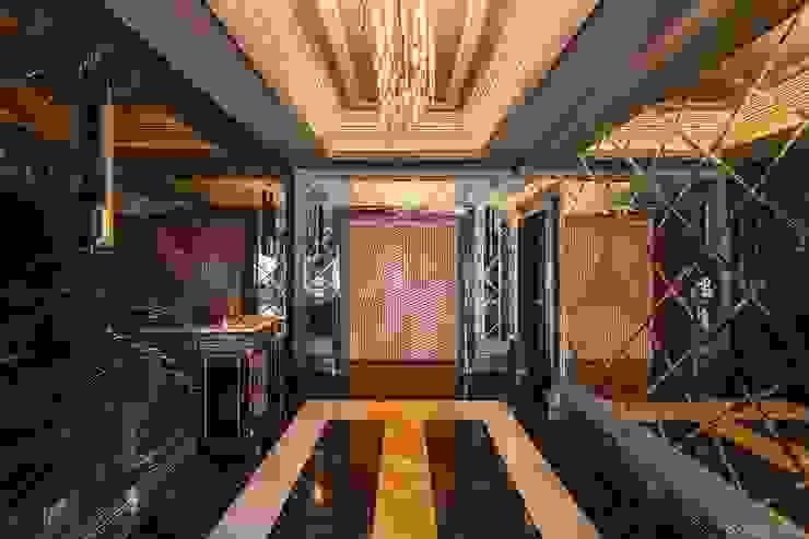 دوبليكس فى التجمع الخامس راهرو سبک کلاسیک، راهرو و پله من lifestyle_interiordesign كلاسيكي