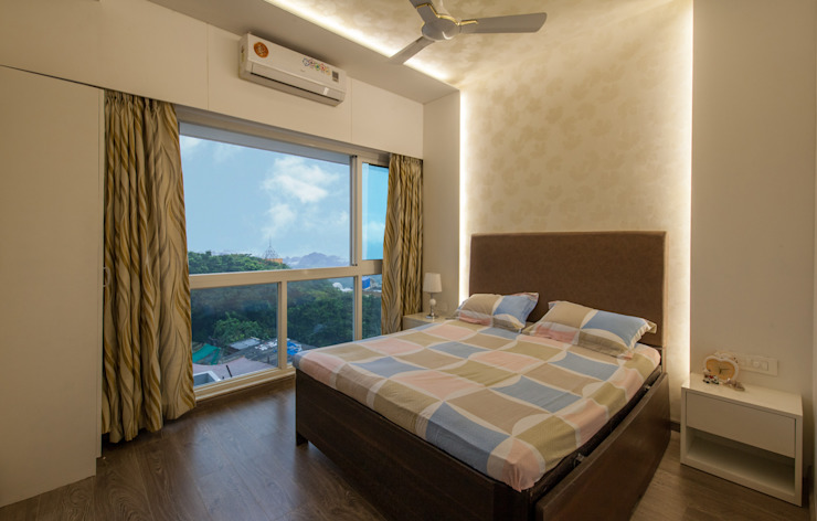 1 BHK residence. Minimalist bedroom by Sagar Shah Architects Minimalist