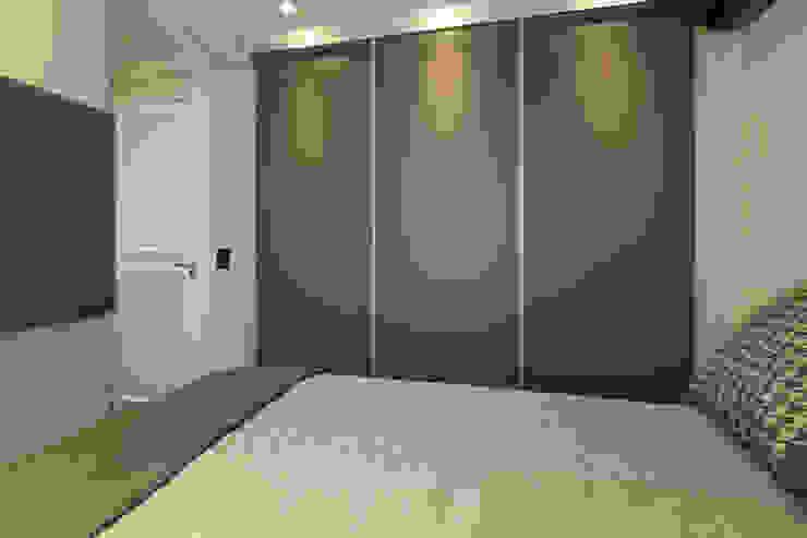 Kamar Tidur Modern Oleh LAM Arquitetura | Interiores Modern