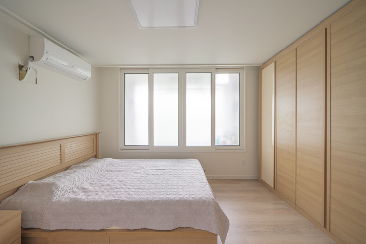과천 래미안 슈르 (1) APT 인테리어 리모델링 (33py) 모던스타일 침실 by 바나나웍스 모던