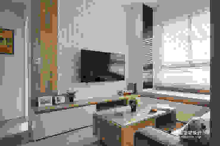 電視壁面造型 根據 顥岩空間設計 北歐風