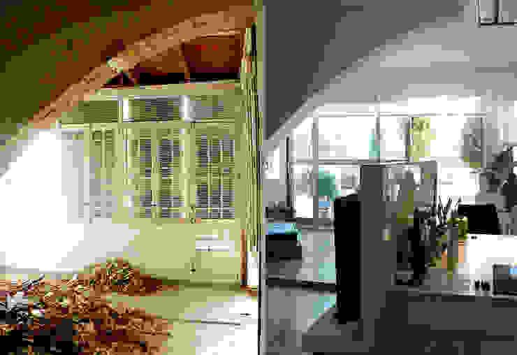Imágenes del antes y después del espacio de salón. Estudio1403, COOP.V. Arquitectos en Valencia
