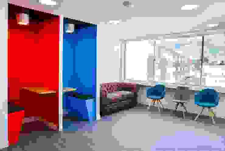 Minimalist study/office by Parámetro Arquitectura & Ingeniería Minimalist