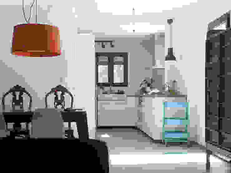 Cocina abierta cómoda y funcional Estudio1403, COOP.V. Arquitectos en Valencia Cocinas equipadas