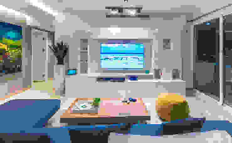 APTO CDP C13 Design Group Latinamerica Salas/RecibidoresMuebles para televisión y equipos