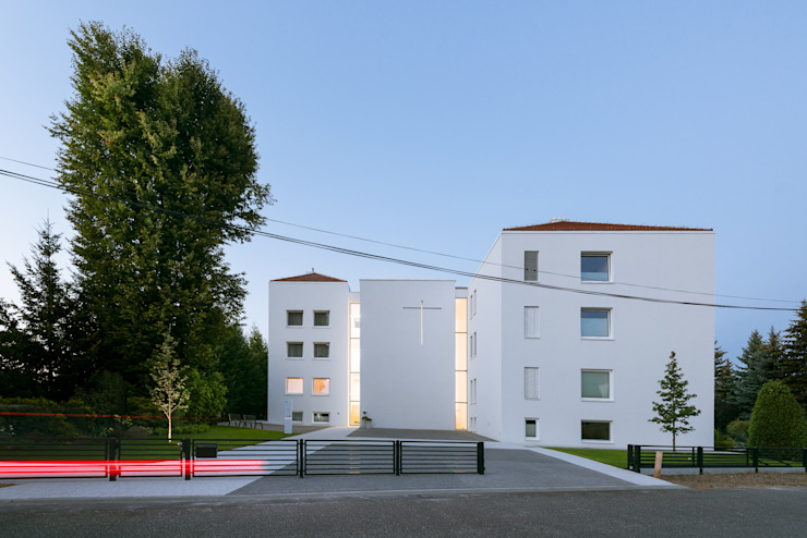 PORT pracownia i studio architektury Minimalist hotels
