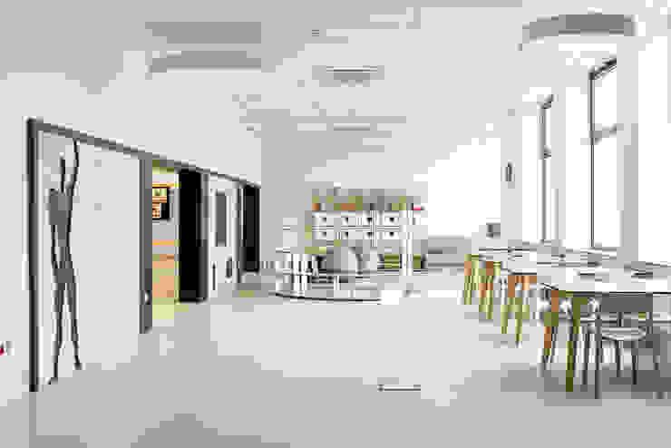 PORT pracownia i studio architektury Industrial style schools