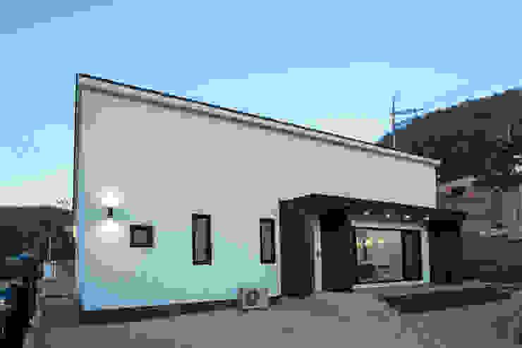 양평 문호리 단층주택 모던스타일 주택 by 바른주택 모던