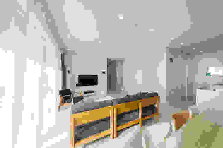 양평 문호리 단층주택 모던스타일 거실 by 바른주택 모던