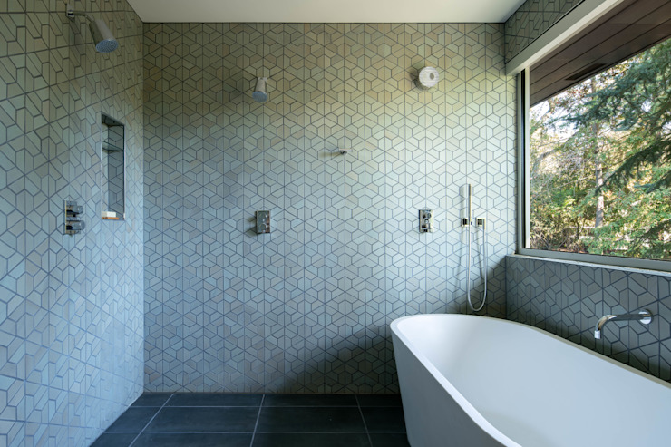 Modern style bathrooms by Klopf Architecture Modern
