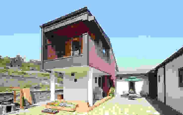 Mẫu nhà 2 tầng độc đáo phong cách Hàn Quốc bởi TNHH xây dựng và thiết kế nội thất AN PHÚ CONs 0911.120.739