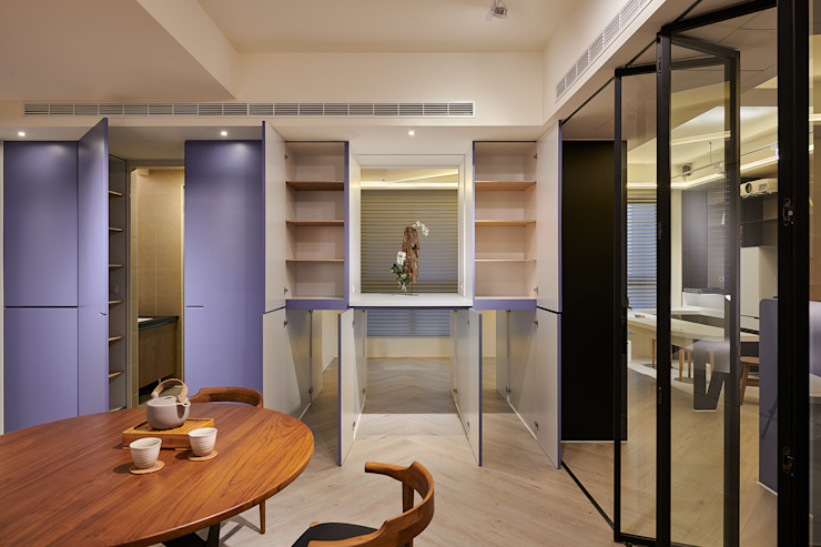 金玉情環 现代客厅設計點子、靈感 & 圖片 根據 趙玲室內設計 現代風