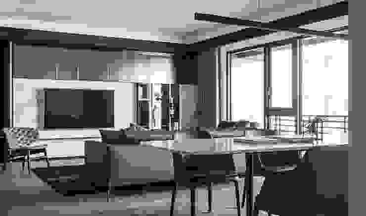 台北L宅 现代客厅設計點子、靈感 & 圖片 根據 淬山設計 Cui Shan 現代風