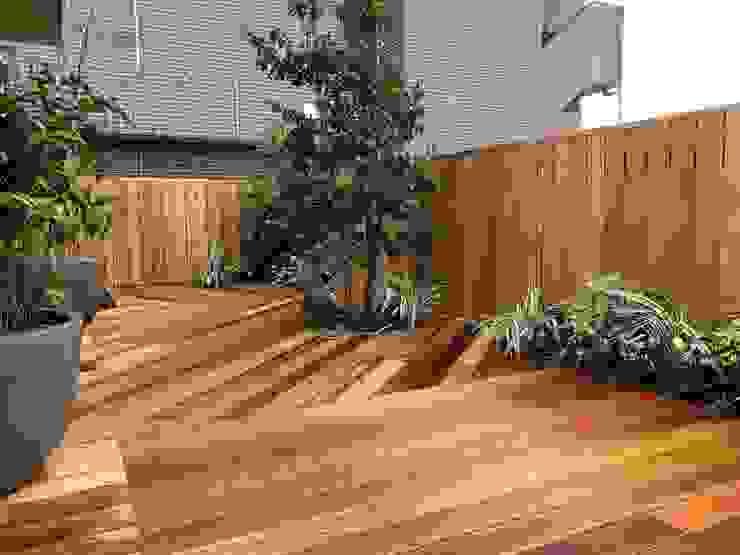 株式会社ムサ・ジャパン ヴェルデ Balcon, Veranda & TerrassePlantes et fleurs Bois composite Vert