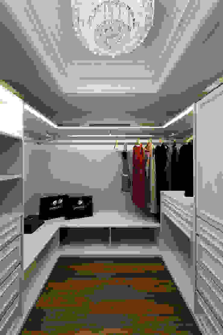 Klasik Giyinme Odası 雅群空間設計 Klasik
