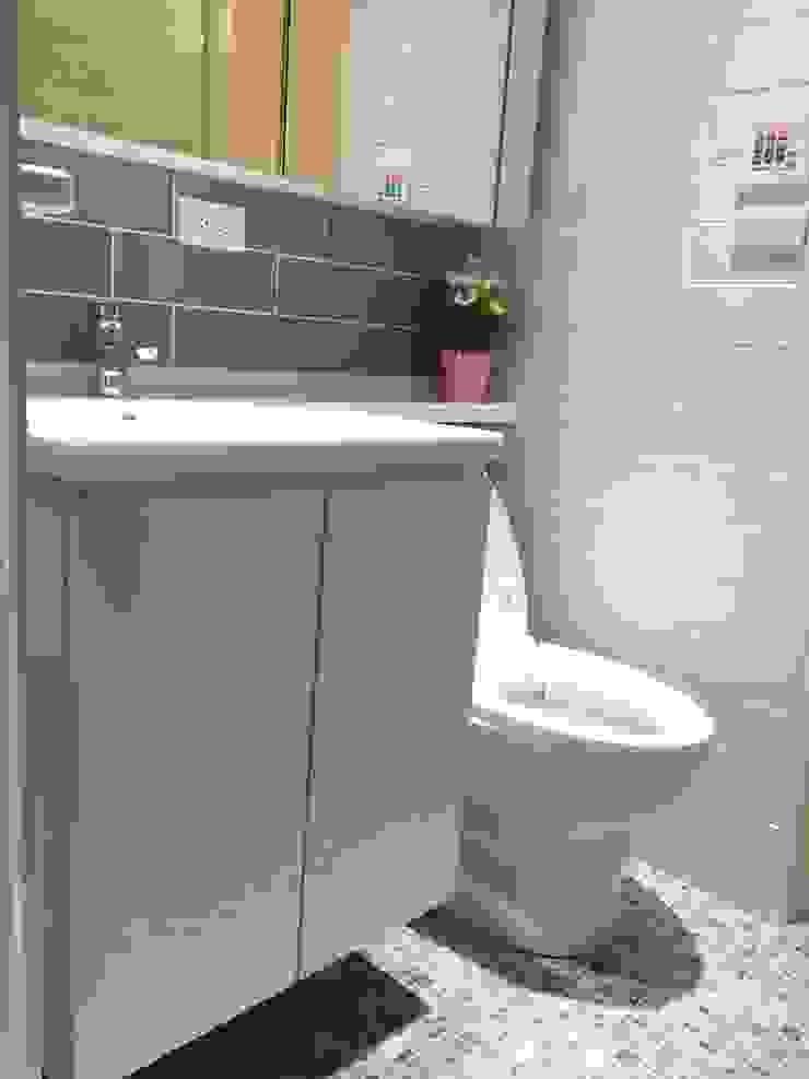 Ванная комната в стиле модерн от 捷士空間設計(省錢裝潢) Модерн