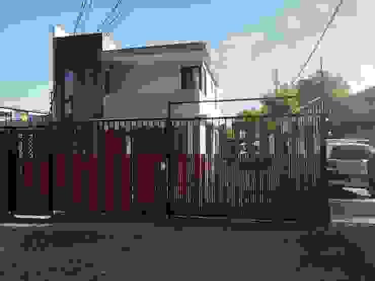 Desde el exterior MSGARQ Casas de estilo mediterráneo