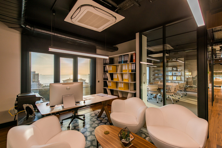 Koorinatör Odası / Sia Moore Merkez Ofis Sia Moore Archıtecture Interıor Desıgn Endüstriyel Masif Ahşap Rengarenk