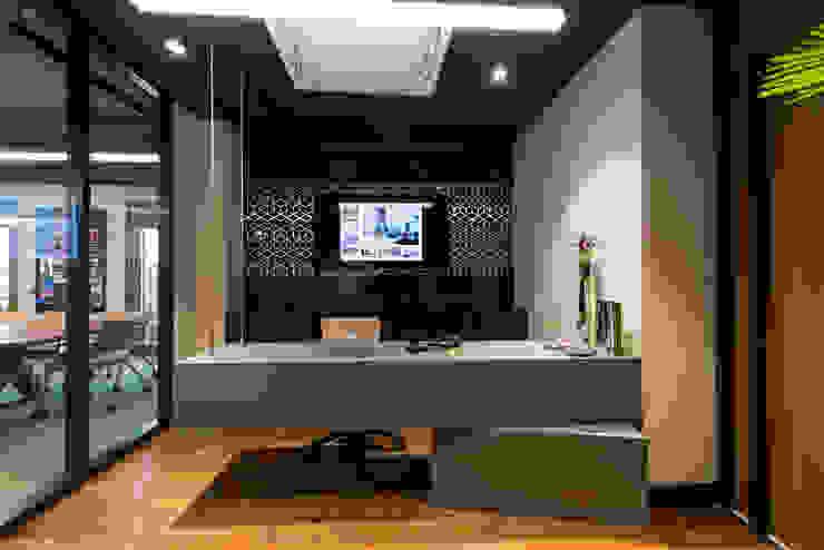 Asistan Banko - 2 / Sia Moore Merkez Ofis Sia Moore Archıtecture Interıor Desıgn Endüstriyel Mermer
