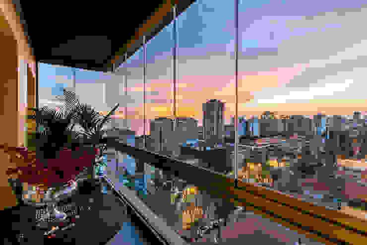 Balkon / Sia Moore Merkez Ofis Sia Moore Archıtecture Interıor Desıgn Endüstriyel Cam