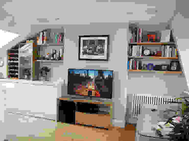 Wine Rack, Glass fronted Cupboatd, TV Stand & Floating Shelves Modern living room by Martin Greshoff Furniture Modern Wood Wood effect