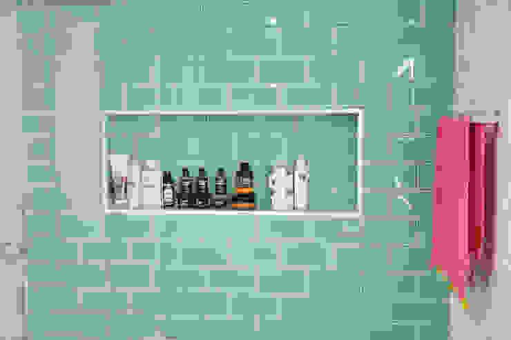 Baño principal We Estudio Técnico Baños de estilo moderno Cerámico Turquesa