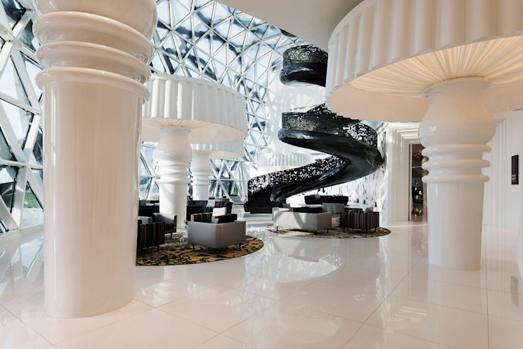 Lobby - 2 / Mondrian Doha Eclectic style hotels by Sia Moore Archıtecture Interıor Desıgn Eclectic Iron/Steel