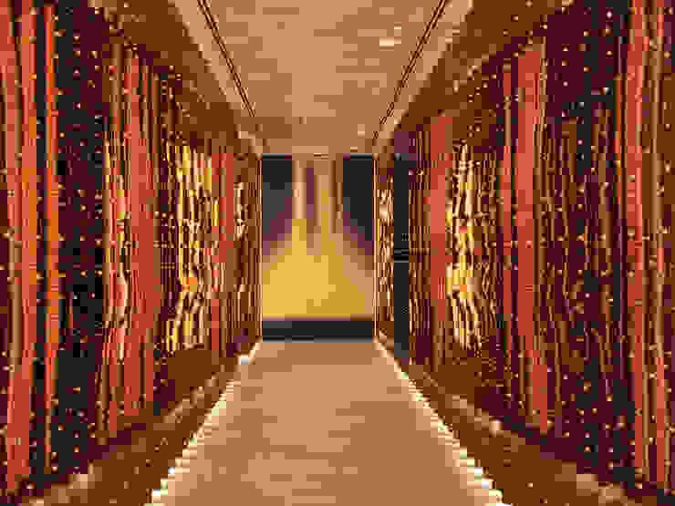 Morimoto Corridor / Mondrian Doha by Sia Moore Archıtecture Interıor Desıgn Eclectic Copper/Bronze/Brass