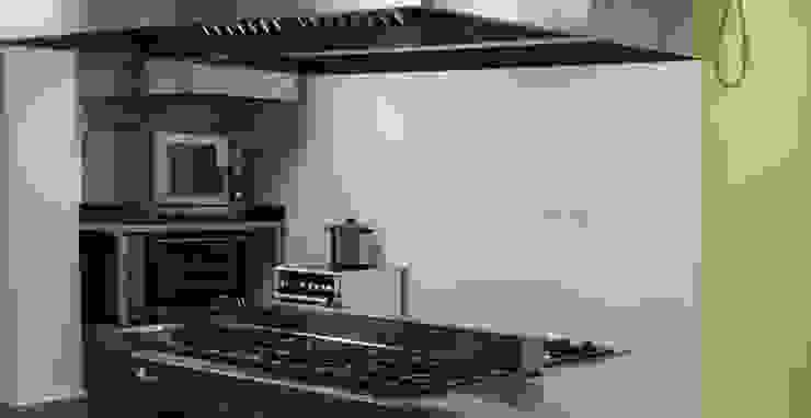 Cocina. de Obrisa Reformas y rehabilitaciones. Ecléctico