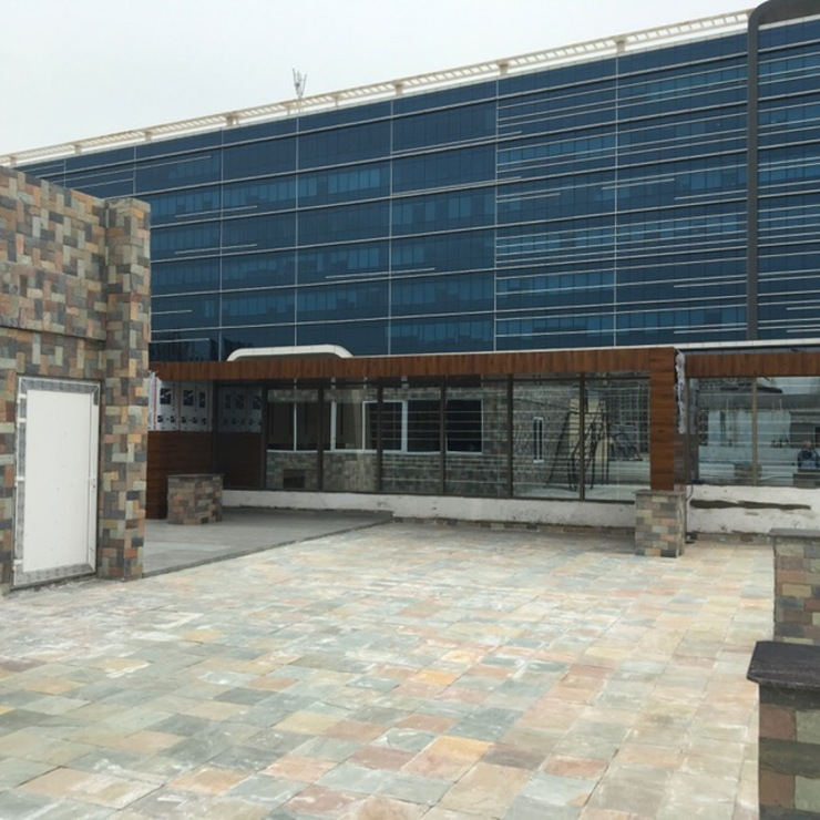 Gachibowli commercial building:  Hotels by Design Cell Int,