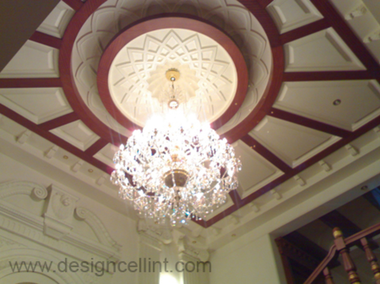 Double height false ceiling design:  Living room by Design Cell Int,