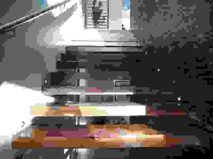 por Tucasainteligente.net Moderno Madeira Acabamento em madeira