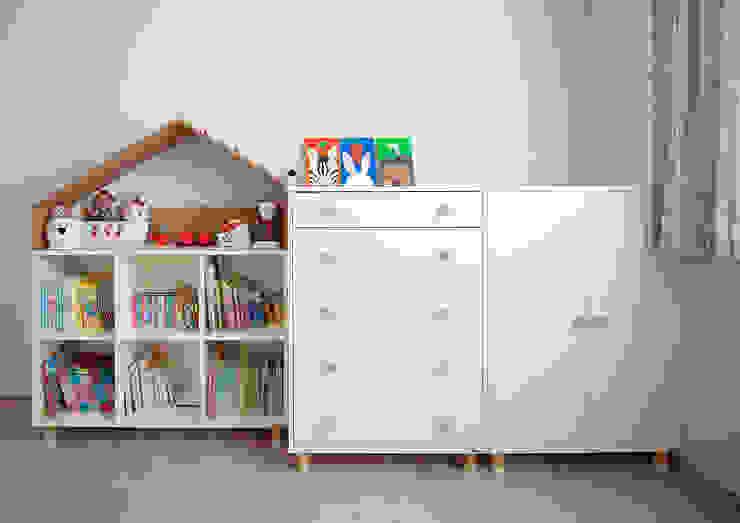 Kid's room 2-2 | 수원 영통 아이파크 캐슬 34py 새아파트 홈스타일링 모던 스타일 쇼핑 센터 by 홈리에종 모던