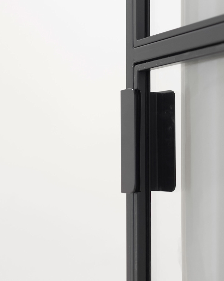 DMC | Round the Corner Apartment di PLUS ULTRA studio Minimalista Ferro / Acciaio