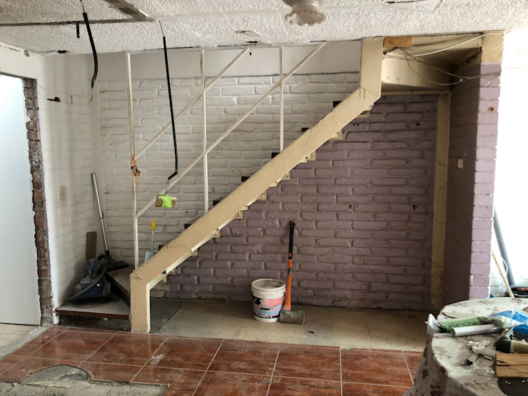 Antes sector escala de Oscar Saavedra Diseño y Decoración Spa Rústico