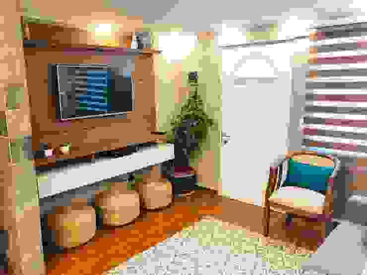 Acceso puerta principal de Oscar Saavedra Diseño y Decoración Spa Rústico