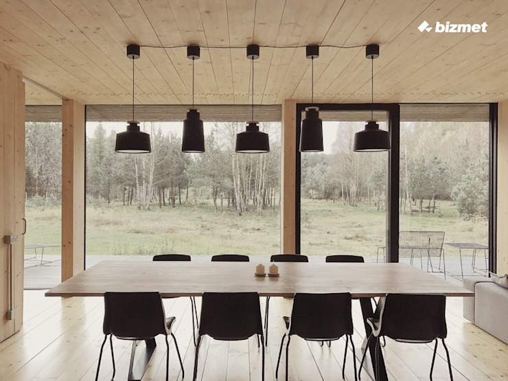 Minimalist dining room by Przedsiębiorstwo Bizmet Spółka z o.o. Minimalist Wood Wood effect