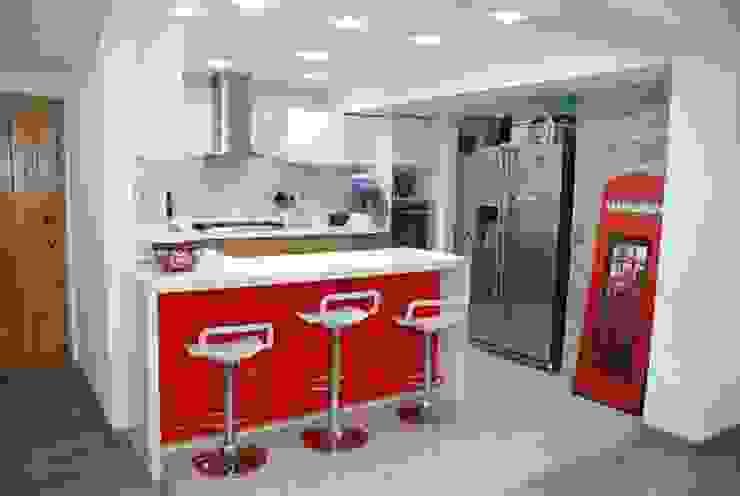 cocina inglesa de muebles y espacios inteligentes