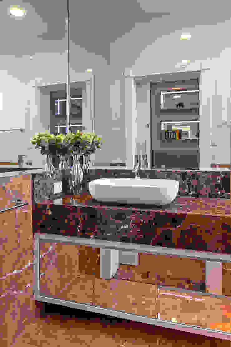 Designer de Interiores e Paisagista Iara Kílaris Modern bathroom