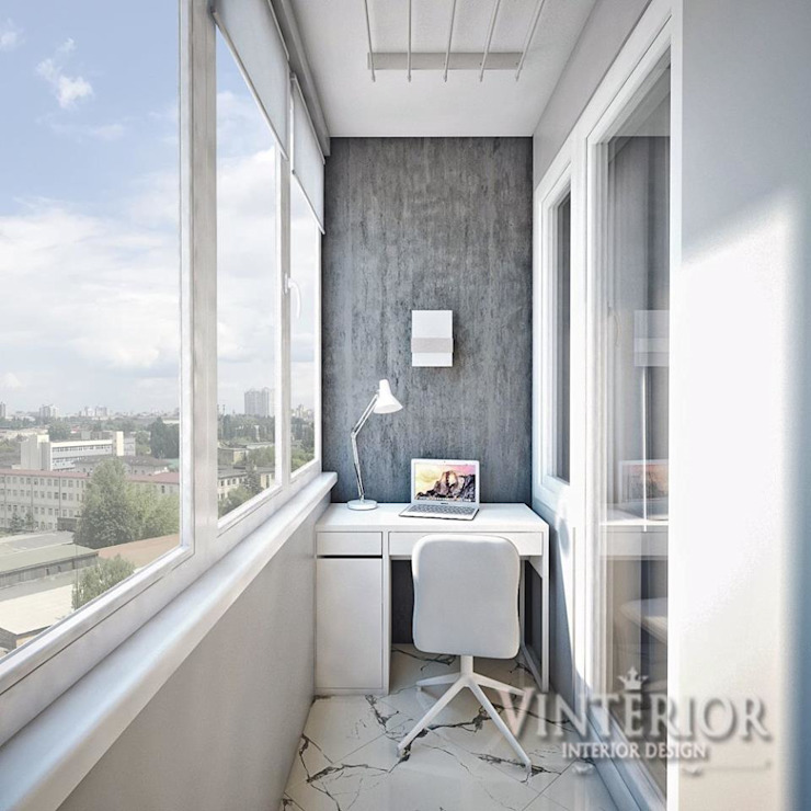 Small and cozy white and grey flat for young woman Vinterior - дизайн интерьера Balcony