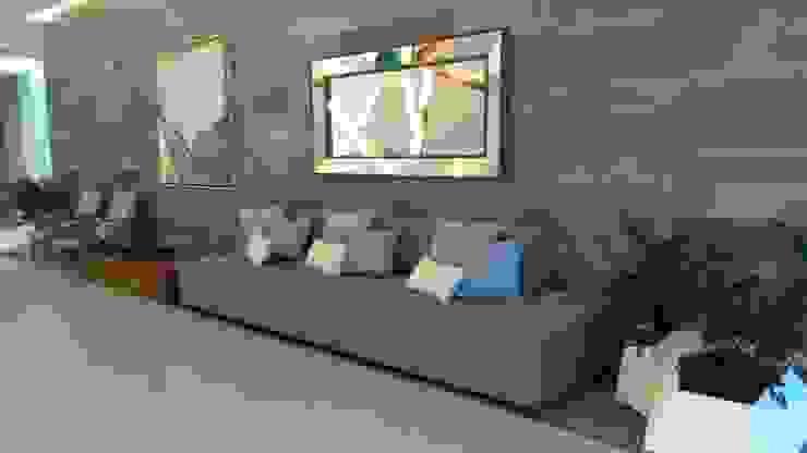 Areas Comunes Condominio Loft 268 Pasillos, vestíbulos y escaleras modernos de DECO Designers Moderno