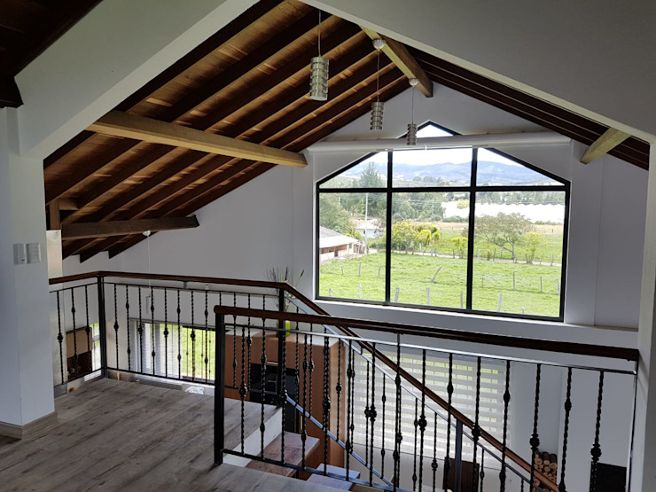 Modern Living Room by Colvanza Modern