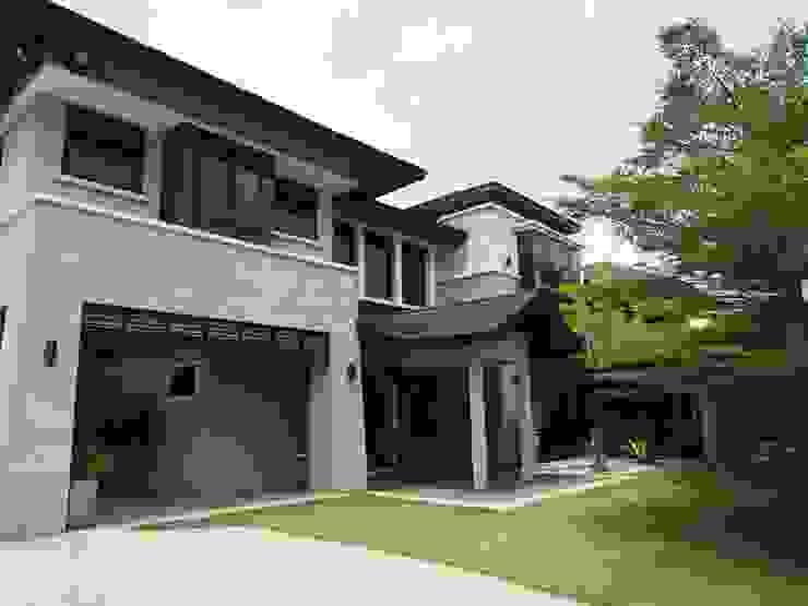 Luxury Bungalows @ Lorong Gurney Kuala Lumpur Mode Architects Sdn Bhd Tropical style gardens