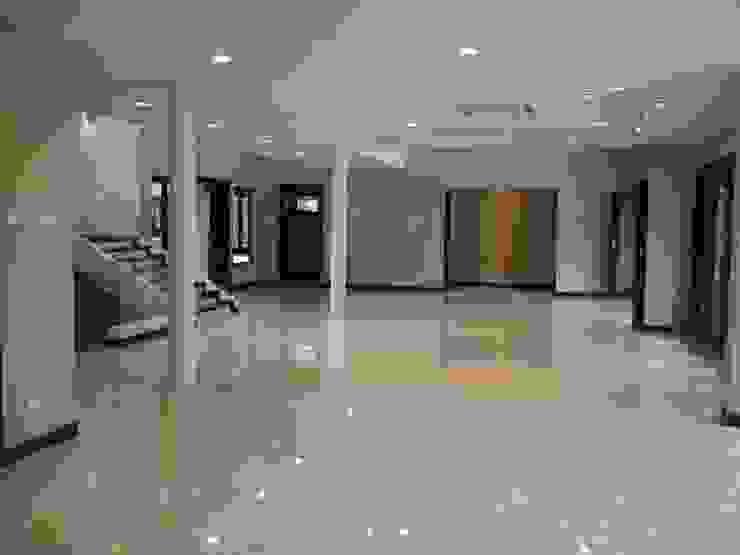 Luxury Bungalows @ Lorong Gurney Kuala Lumpur Mode Architects Sdn Bhd Living room