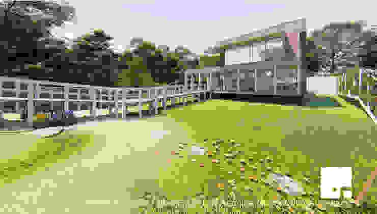 Vista Poniente de la Cabaña 02 de Territorio Arquitectura y Construccion - La Serena Moderno