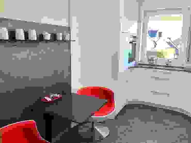 مطبخ ذو قطع مدمجة تنفيذ higloss-design.de - Ihr Küchenhersteller, حداثي فلز