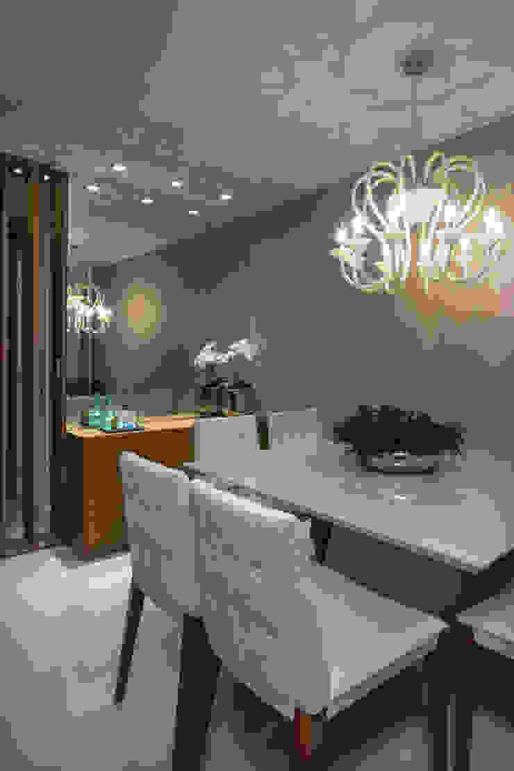 Ruang Makan Modern Oleh Bruno Sgrillo Arquitetura Modern