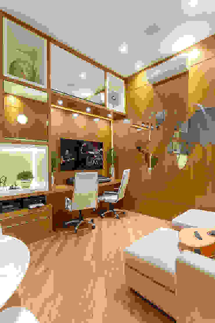 Casa Real Escritórios modernos por Designer de Interiores e Paisagista Iara Kílaris Moderno
